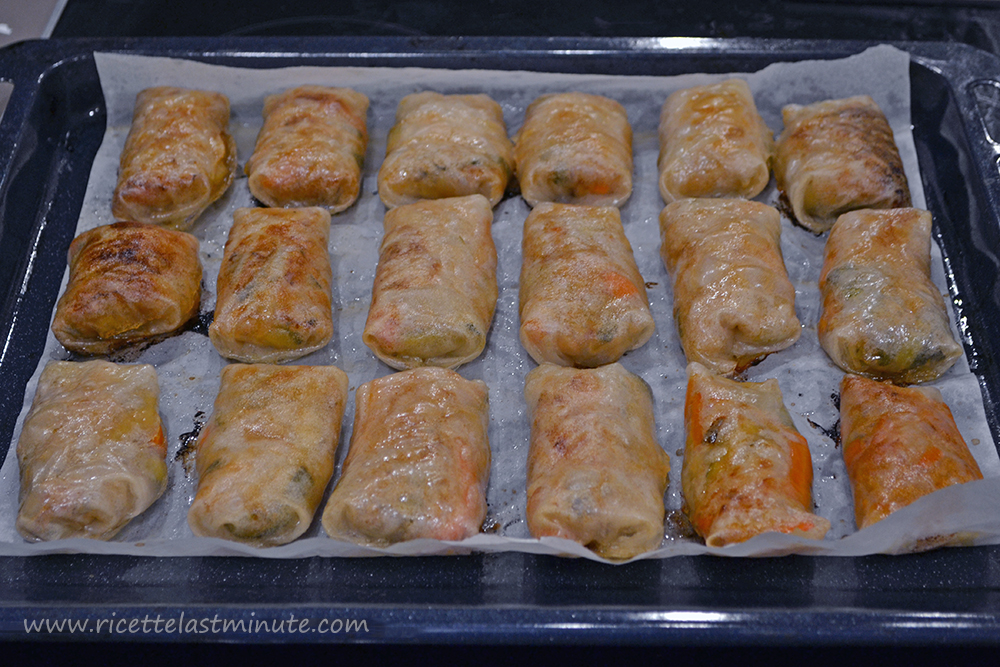 Cooked and crunchy spring rolls