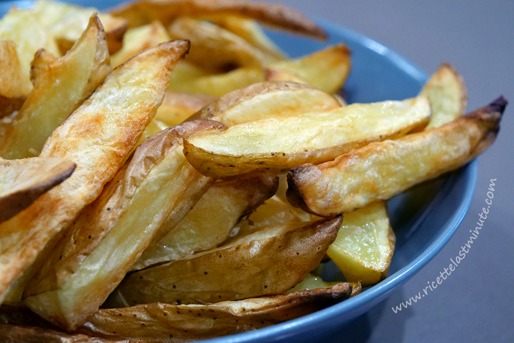 Fried potatoes without (almost) oil in the hot air fryer recipe