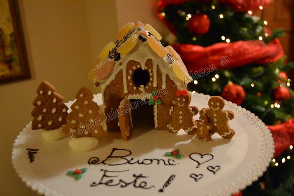 Casetta Di Natale Con Biscotti : Gingerbread house come fare la casetta degli omini pan di zenzero