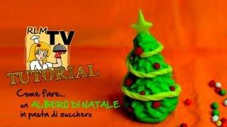Come fare un albero di Natale in pasta di zucchero