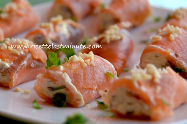 Rotolini di salmone ripieni