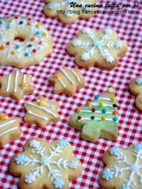 Ricetta Biscotti Di Natale.Biscotti Di Pasta Frolla Di Natale