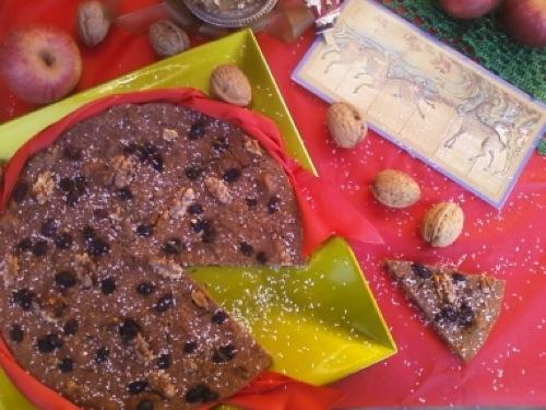 Castagnaccio con cocco e cannella per un Natale gluten free