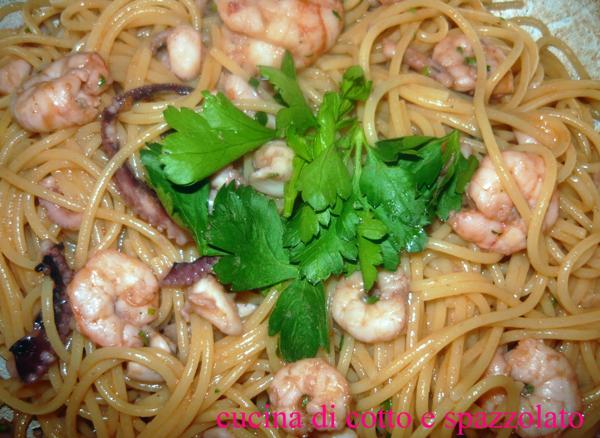 Spaghetti cremosi al pesce